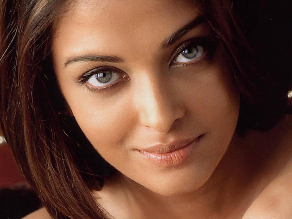 Blue eyed Aishwarya Rai