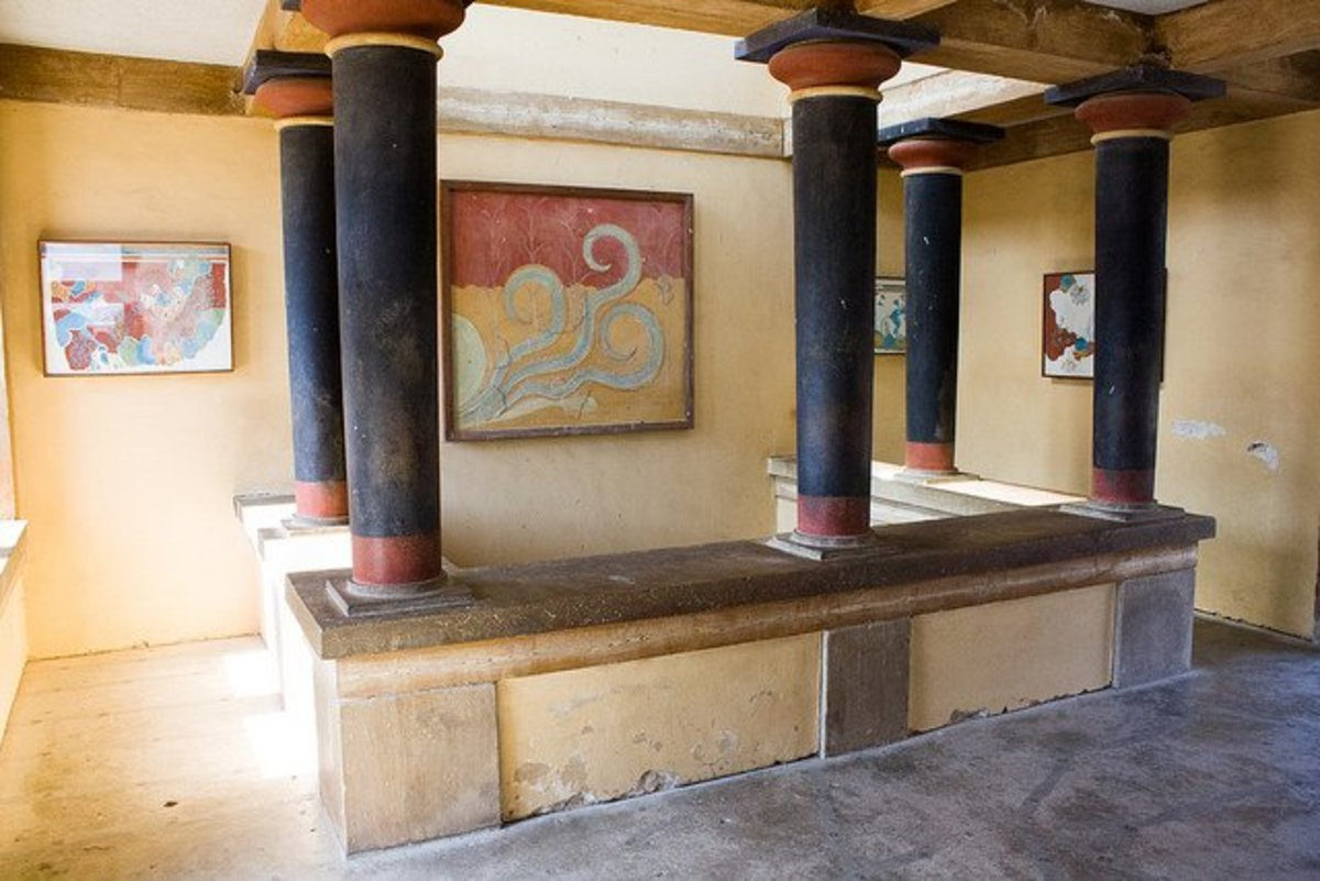 Knossos Palace interior in Greece