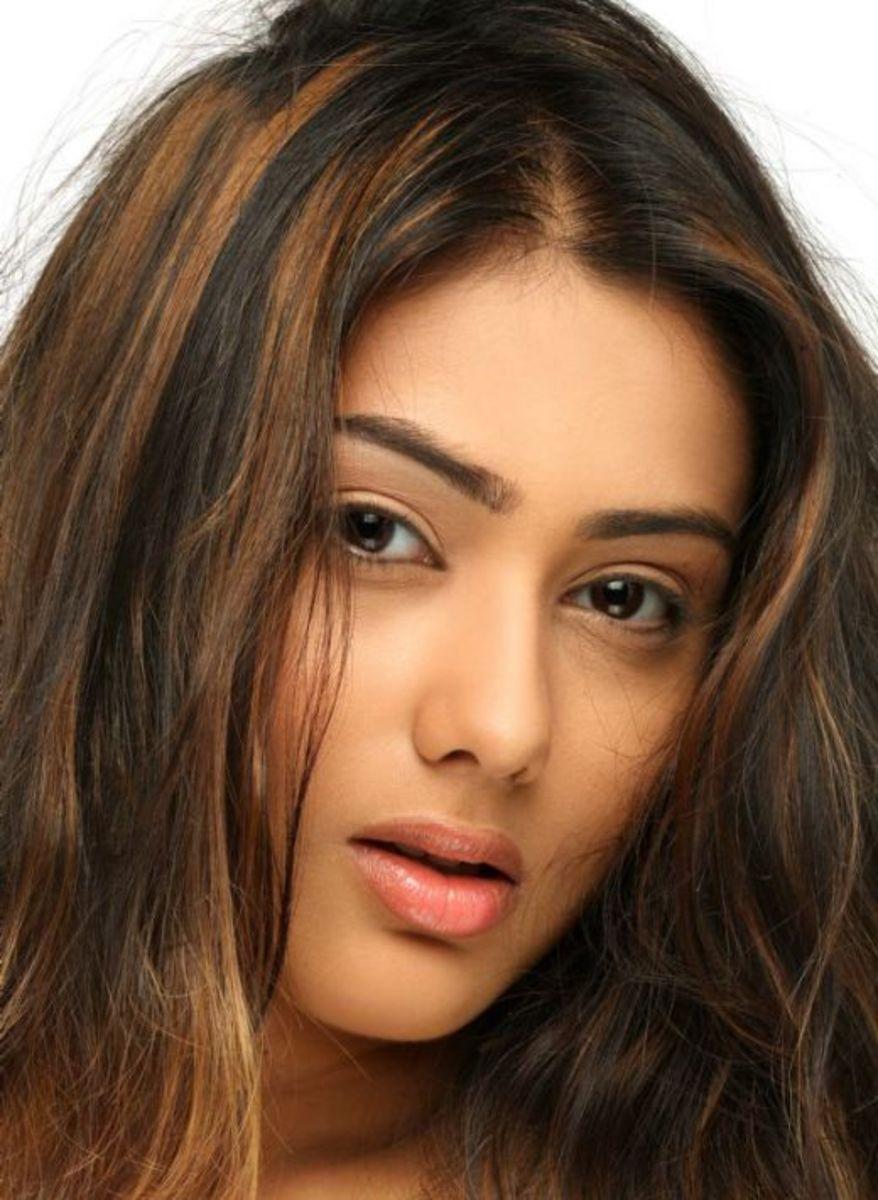 Sexy Pouting Namitha