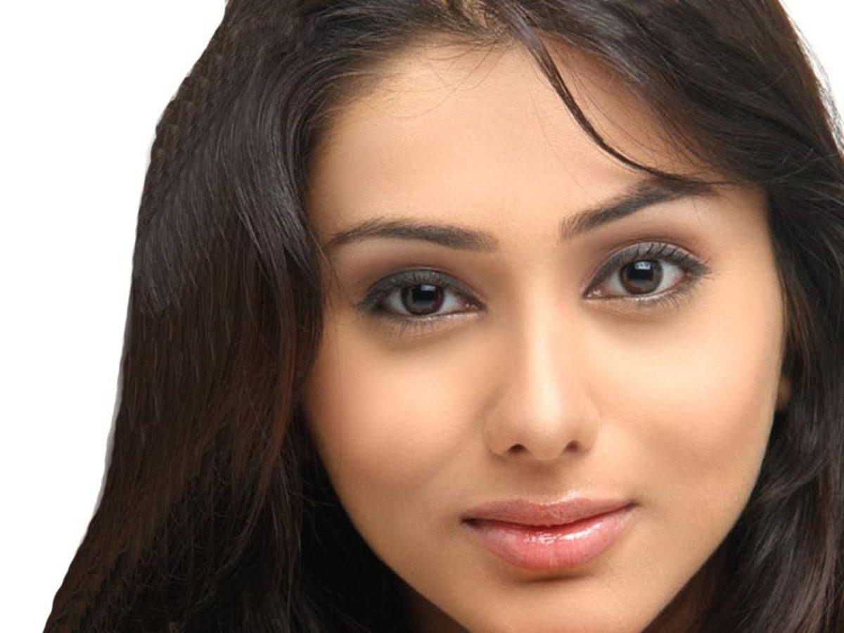 Sensuous Namitha