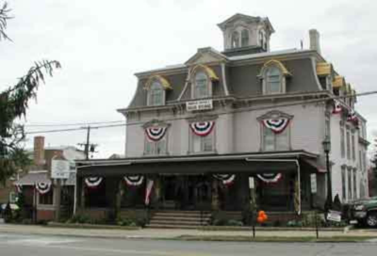 Haunted Places: Charlie Brown's Steakhouse, Hackettstown, NJ