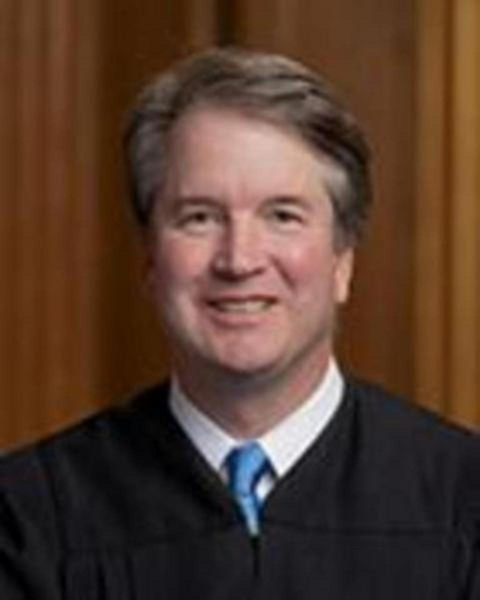 what_is_the_annual_income_for_a_supreme_court_justice
