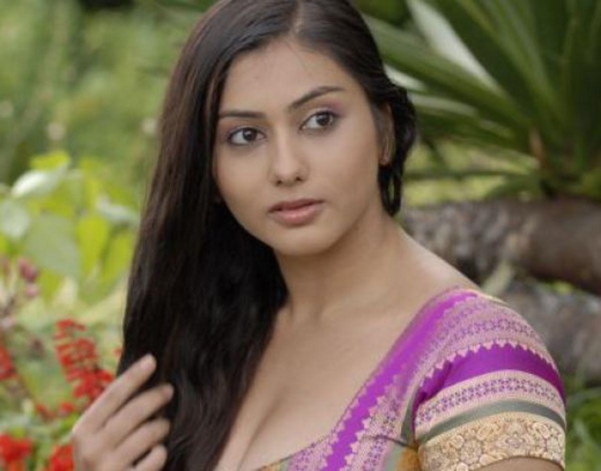 Namitha Cleavage