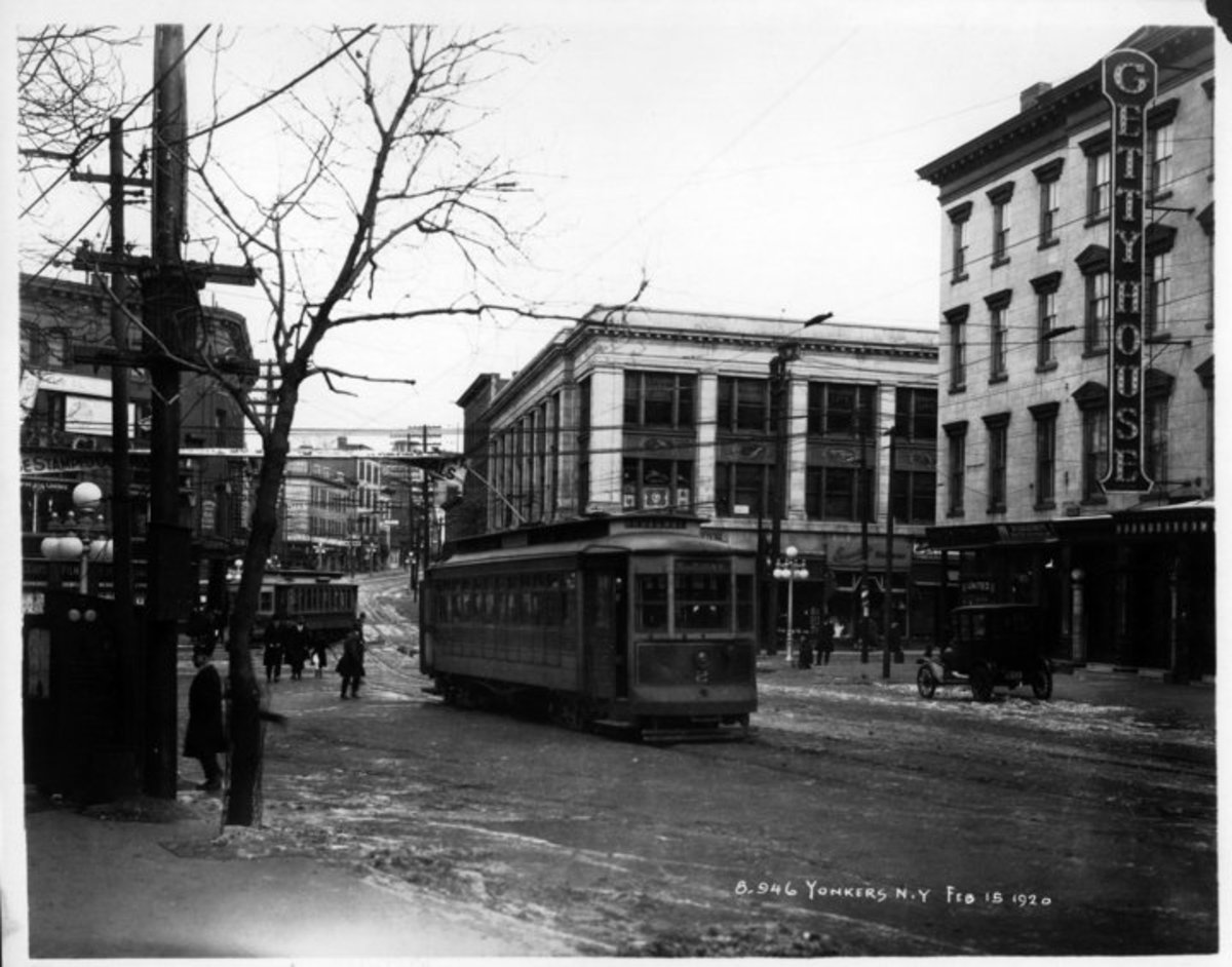 Getty Square, the hub of Yonkers trolley cars in the early 20th Century.