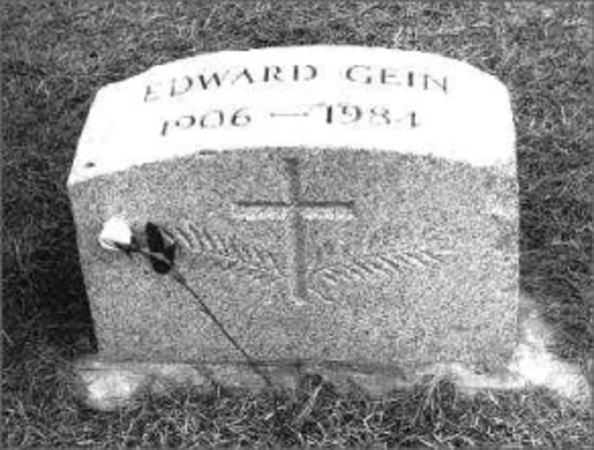 Ed Gein's Tombstone