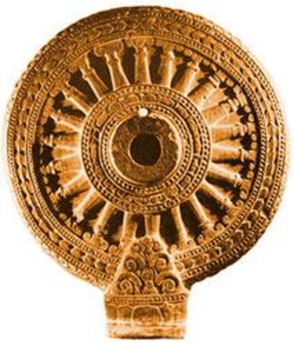 Fig.3 An example of 21 spoked Wheel of Law, simply repesenting a chariot wheel.