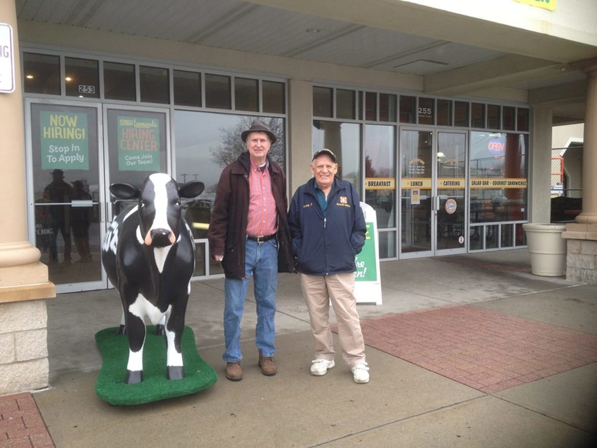 Photo of my friends Tom and Vinny taken before the opening of the newest Stew Leonard's store in Farmingdale, L.I., N.Y. We returned after the opening a few weeks late to explore the new store.