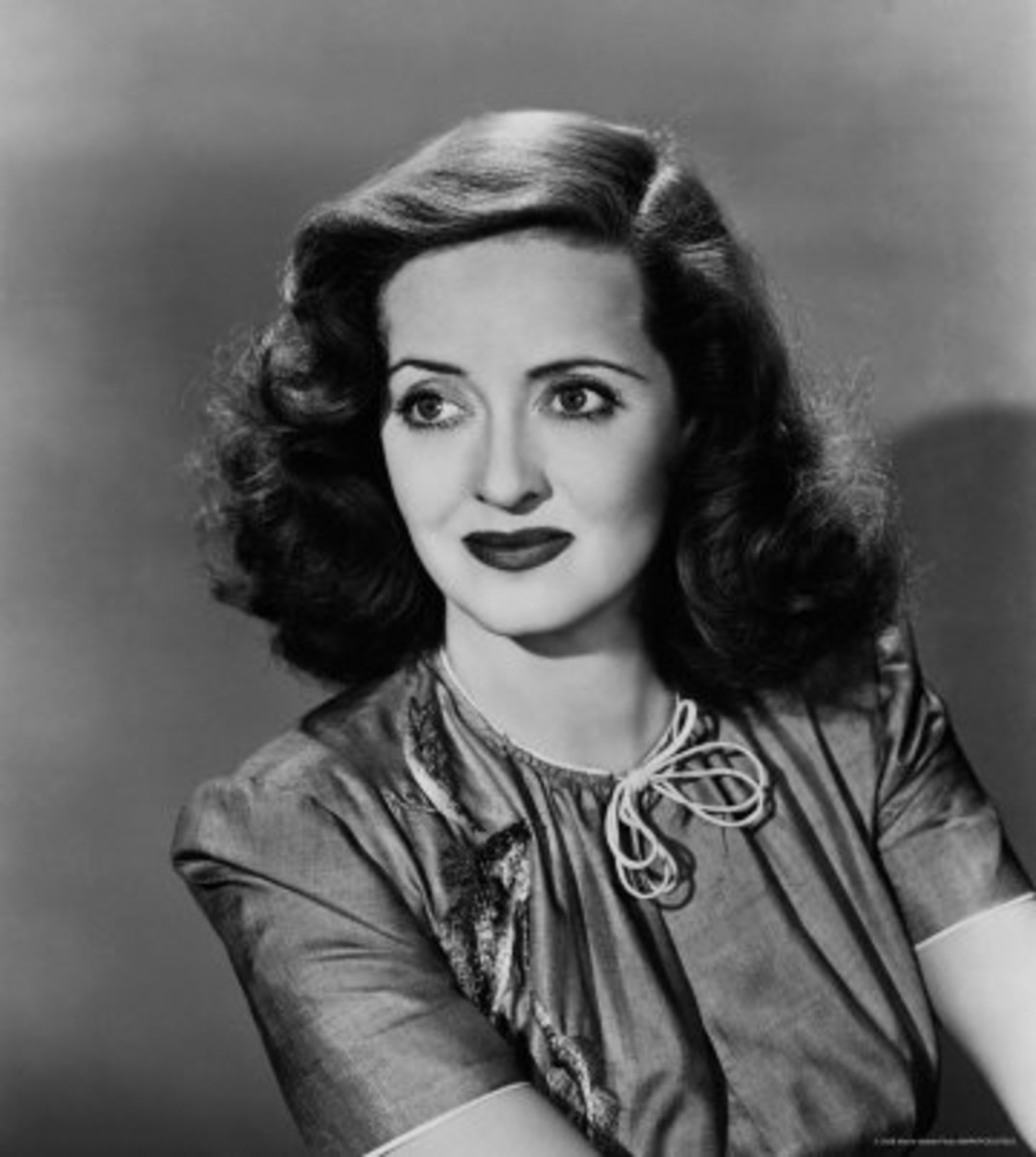 Bette Davis, Hollywood First Lady