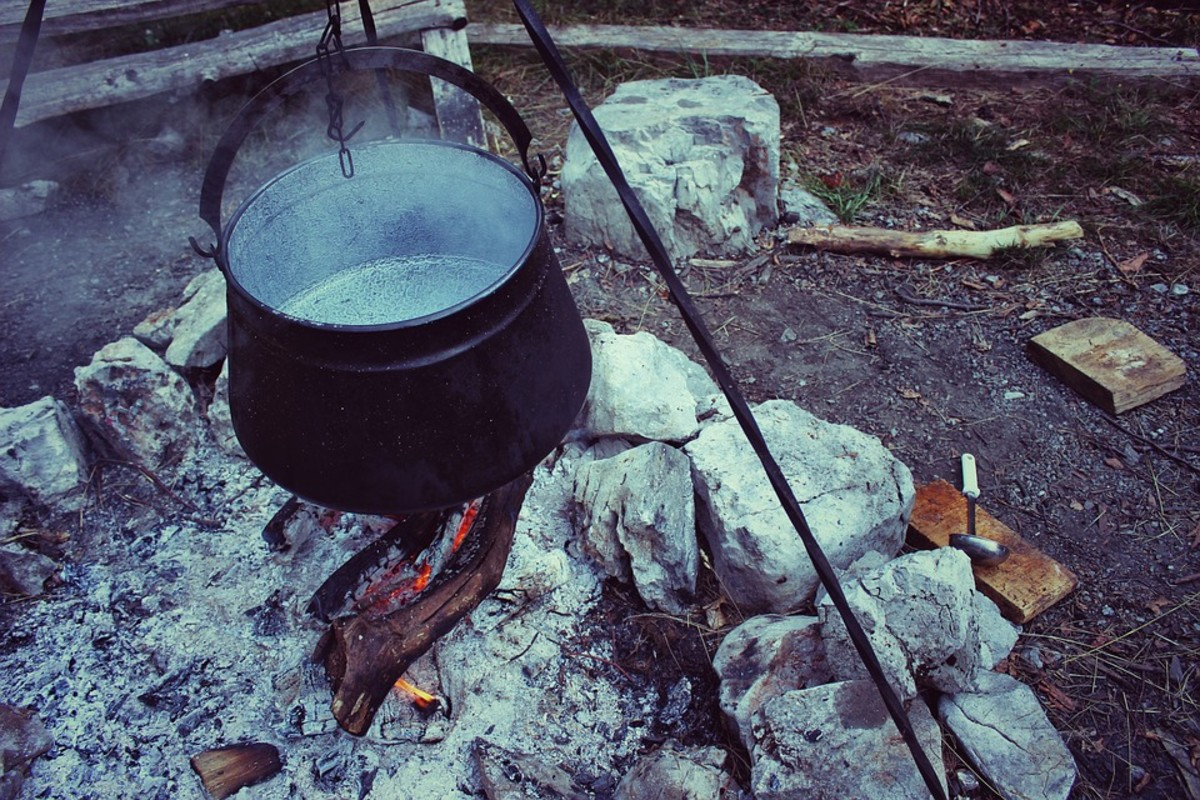Traditional cooking vessel