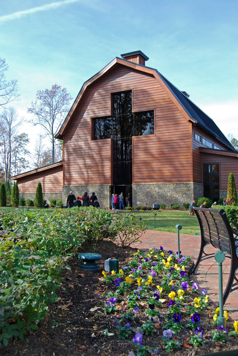 Dr billy graham library a photo tour of the home and for The charlotte house