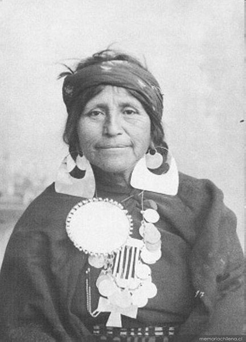 A Mapuche woman.