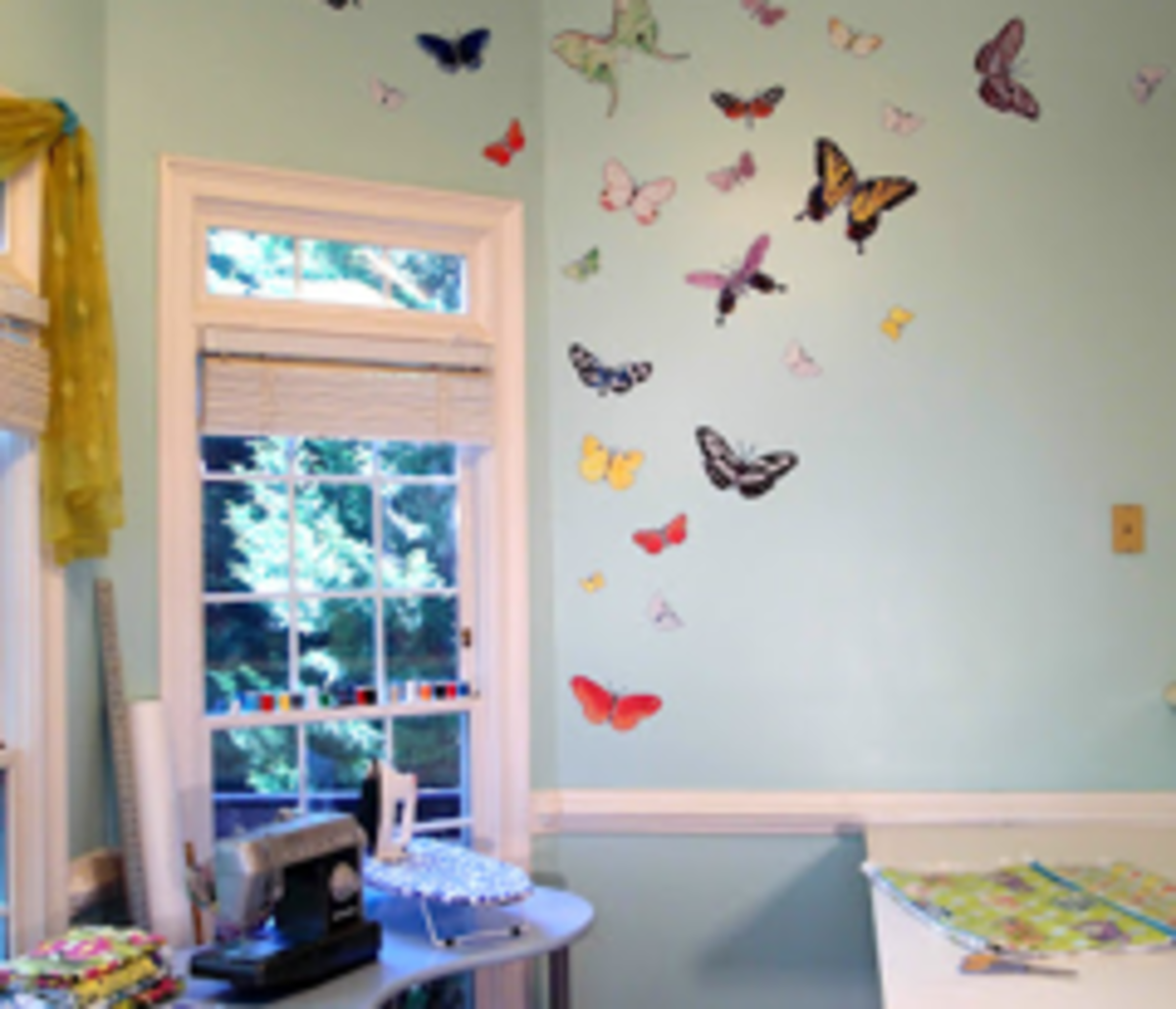 creative-ideas-for-using-left-over-wallpaper