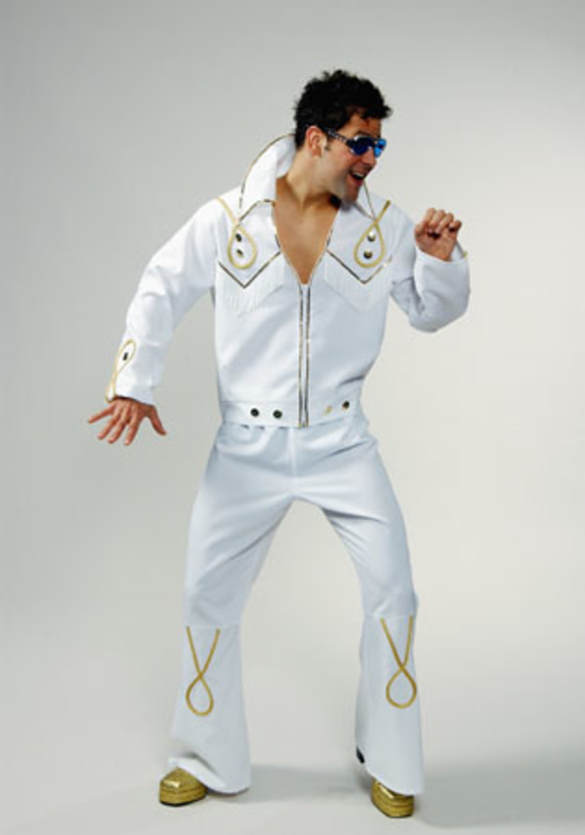 Add a cross to this Elvis costume for Kings Cross