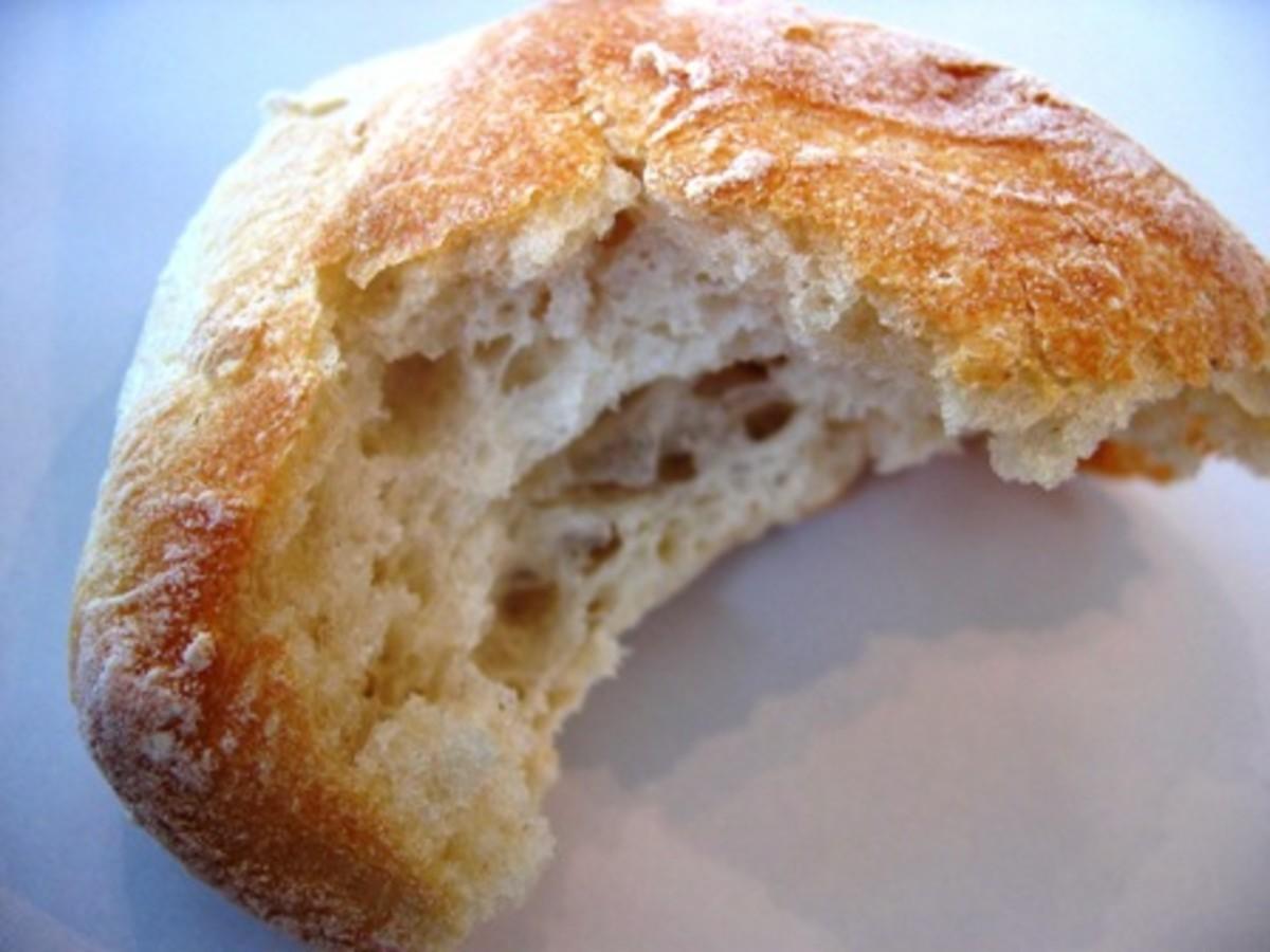 Air Buns--Giant Feathery-Light Bread Buns