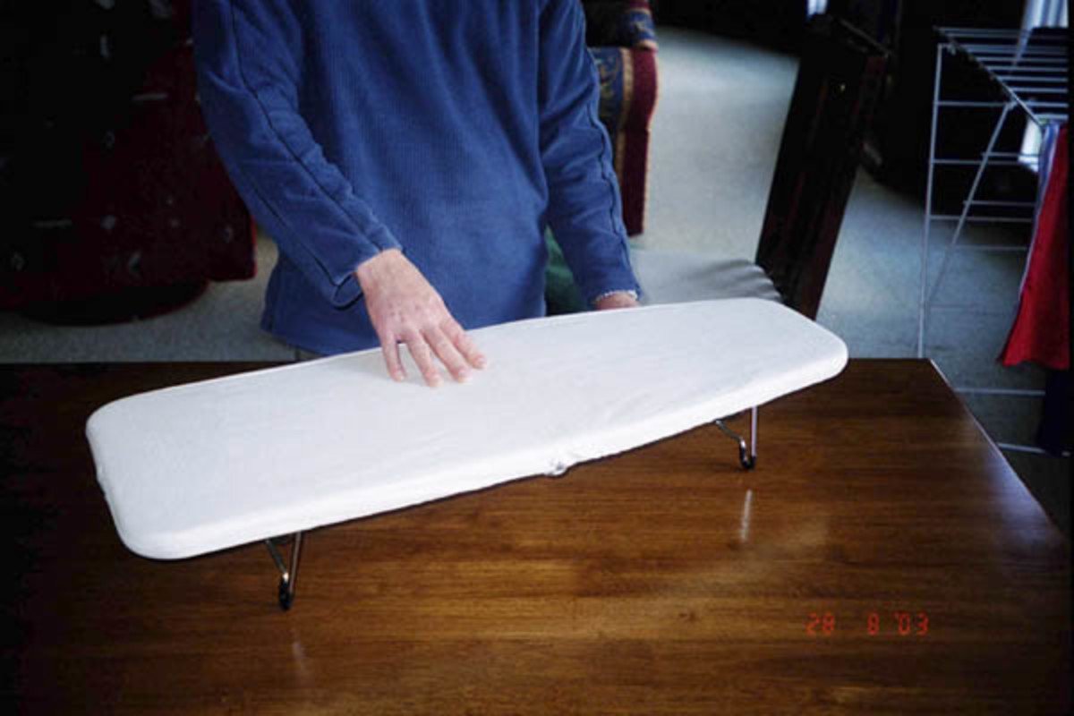Table-top ironing board