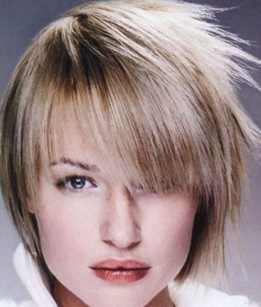Pictures Of Short Layered Hairstyles For Women