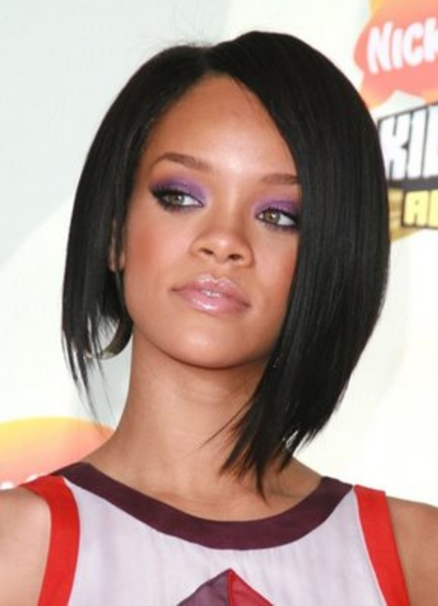 rihanna short hairstyles with long layers