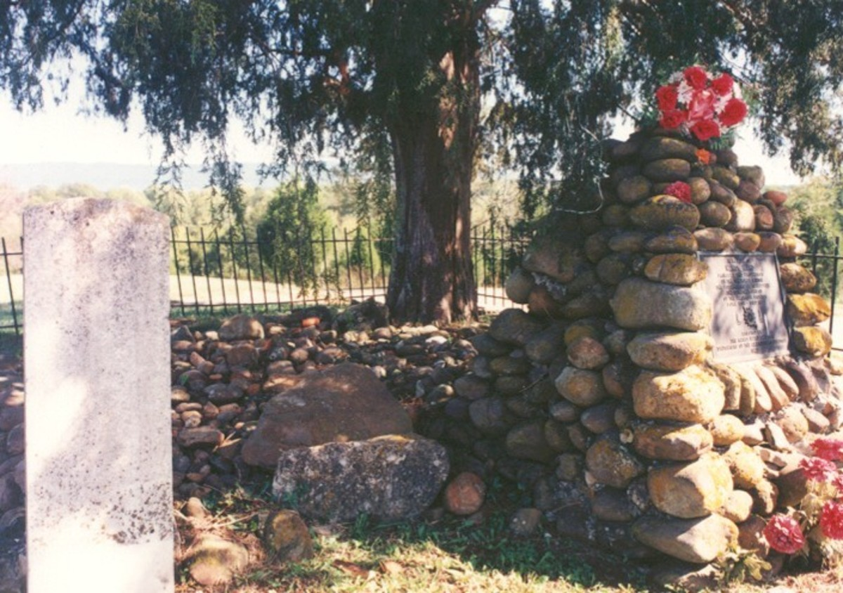 Nancy Ward's Grave: Located near Benton, TN, this grave was unmarked until 1923 when the Chattanooga chapter of the Daughters of the American Revolugion erected this stone pyramid and installed a fence to protect the gravesite. It has been further en