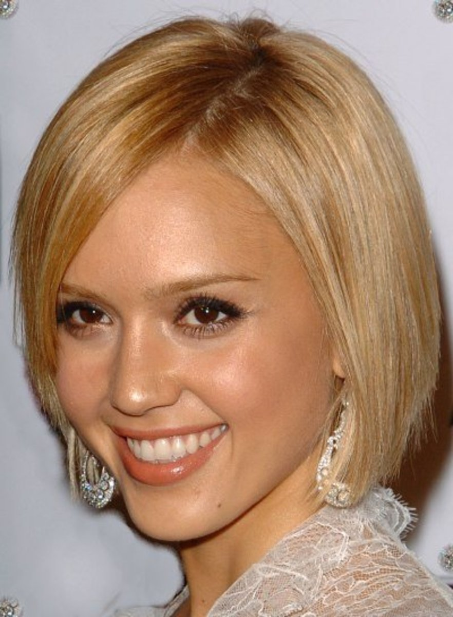 short blond hairstyles for sedu look