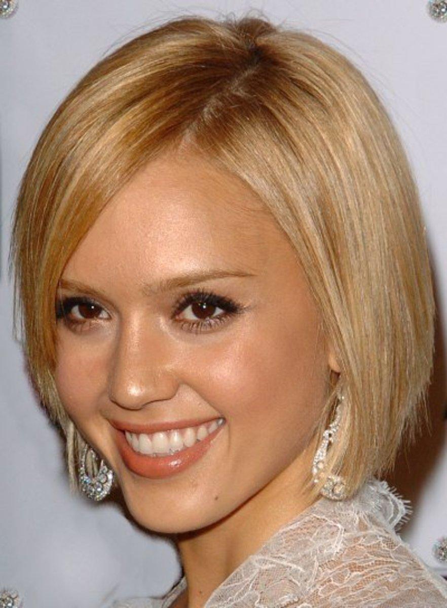 short blond hairstyles for sedu look