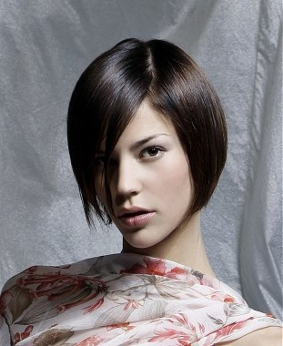 very simple and sexy haircut for black hair