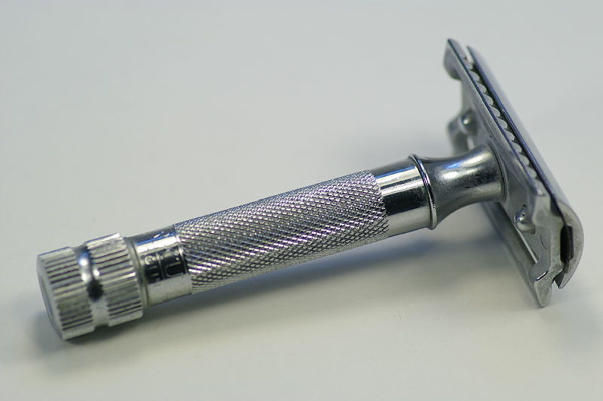 A disposable razor