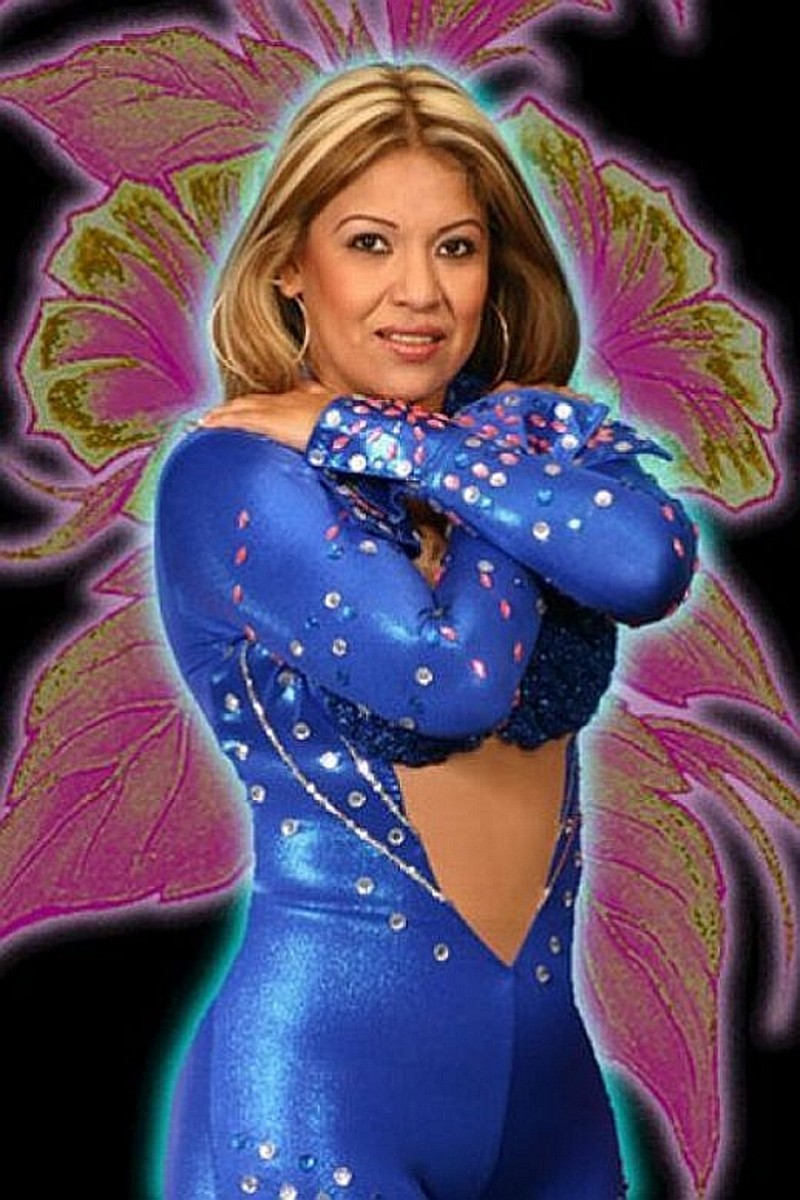 The Wrestling Women of Lucha Libre - Female Mexican Wrestlers