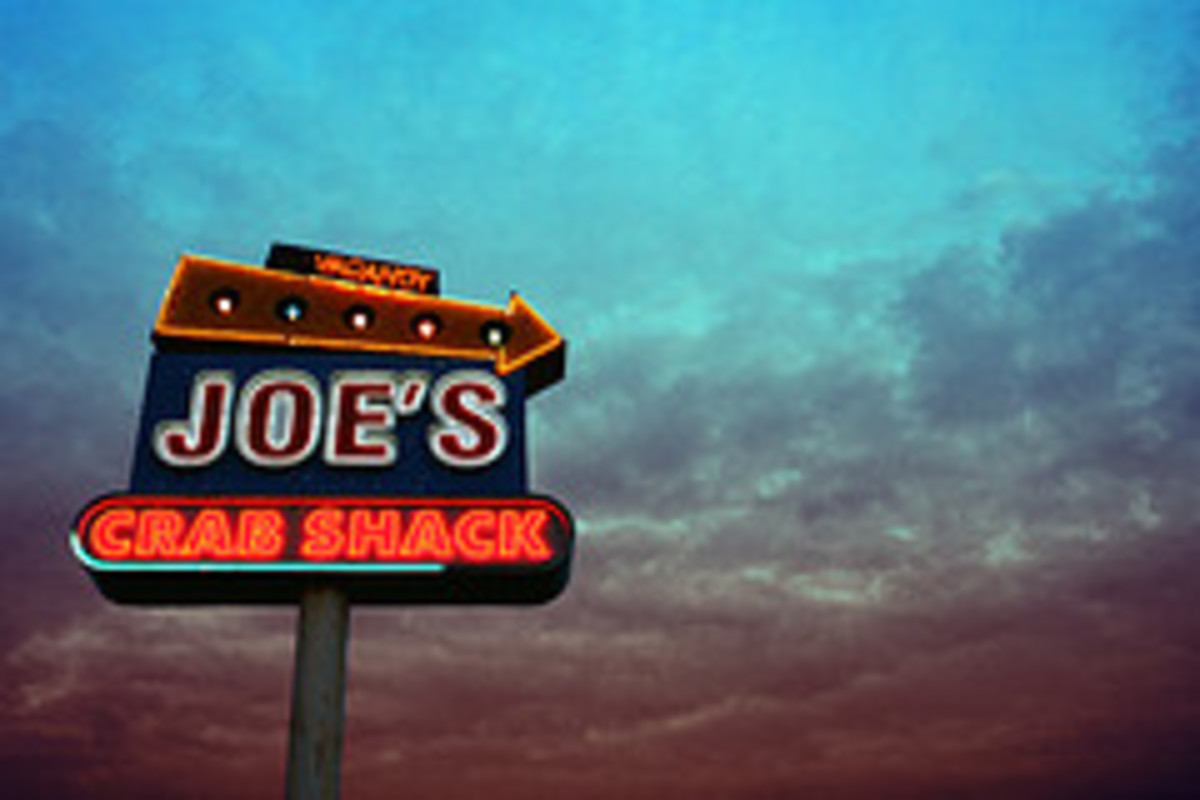 Joe's Crab Shack Neon Sign