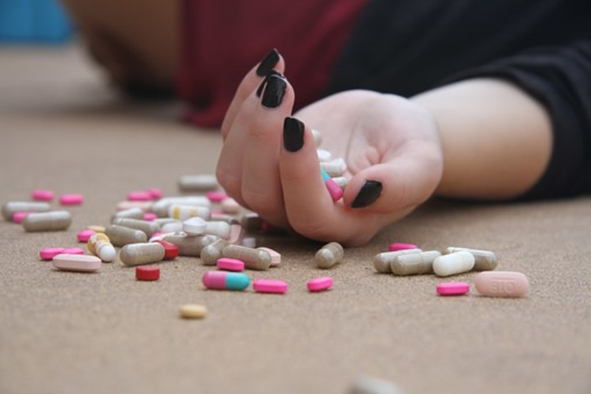 How to Help Someone Who Has Taken an Illegal Drug or Substance
