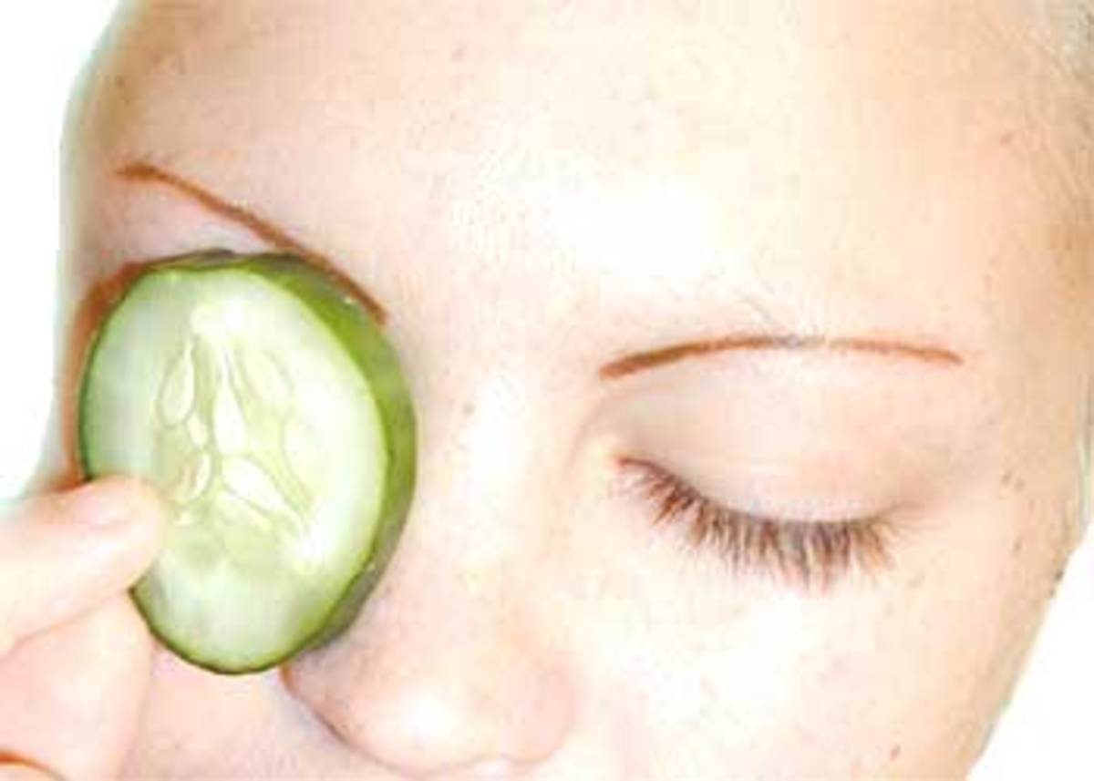 home-remedies-to-reduce-puffy--red-eyes