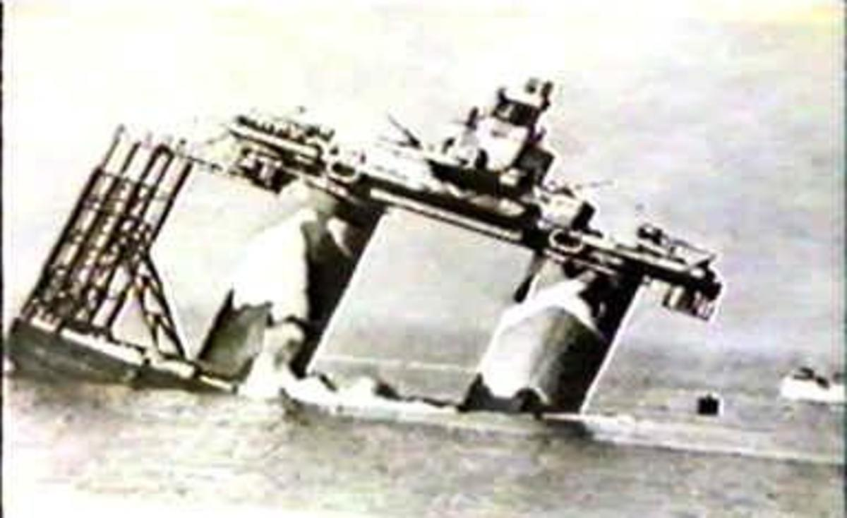 Installing Roughs Tower (now Principality of Sealand) as a Naval Fort off the Coast of England during World War II