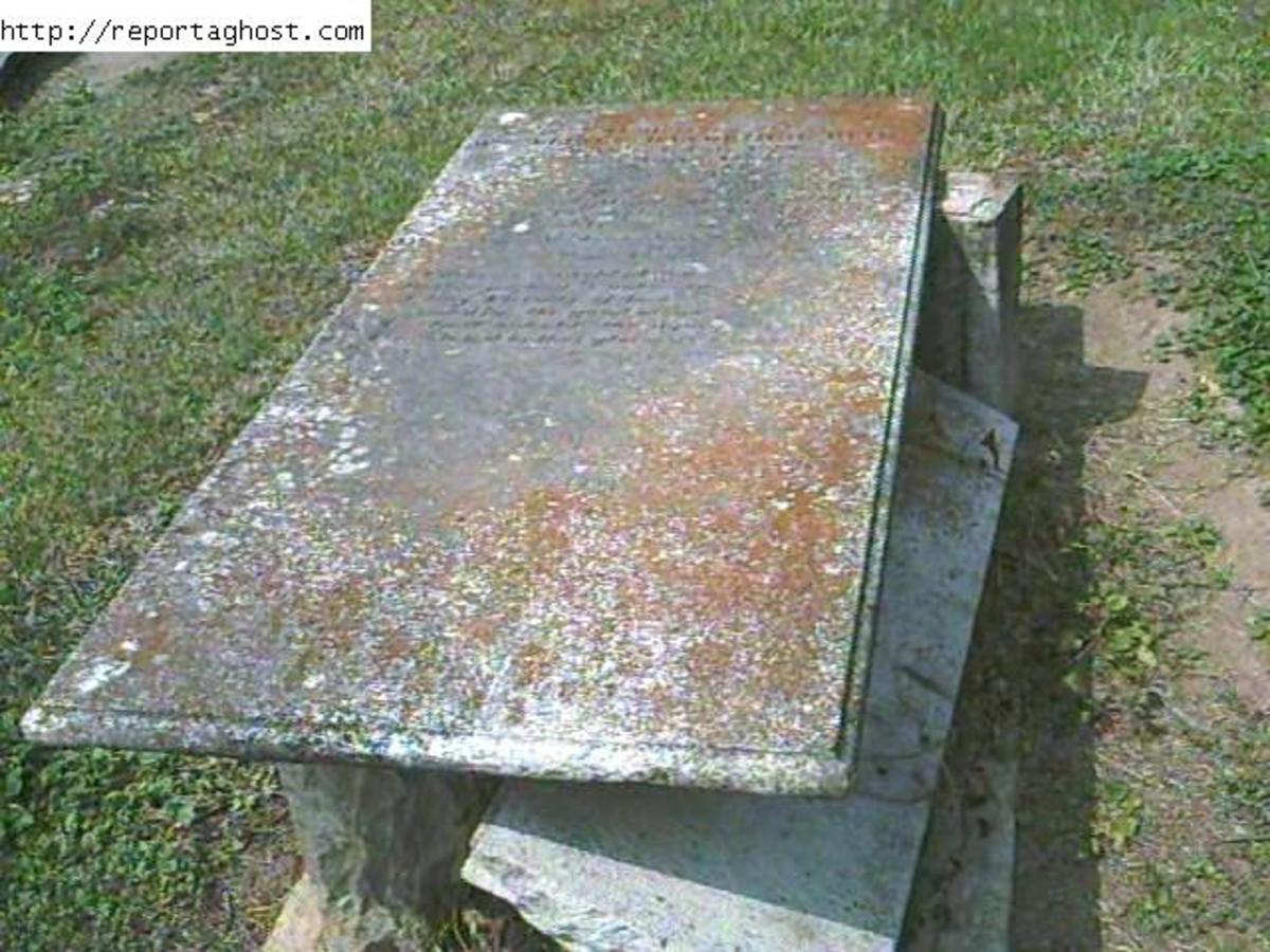 The Haunted Cemetery At Newberry S.C. Visit This Page At The Below Link.