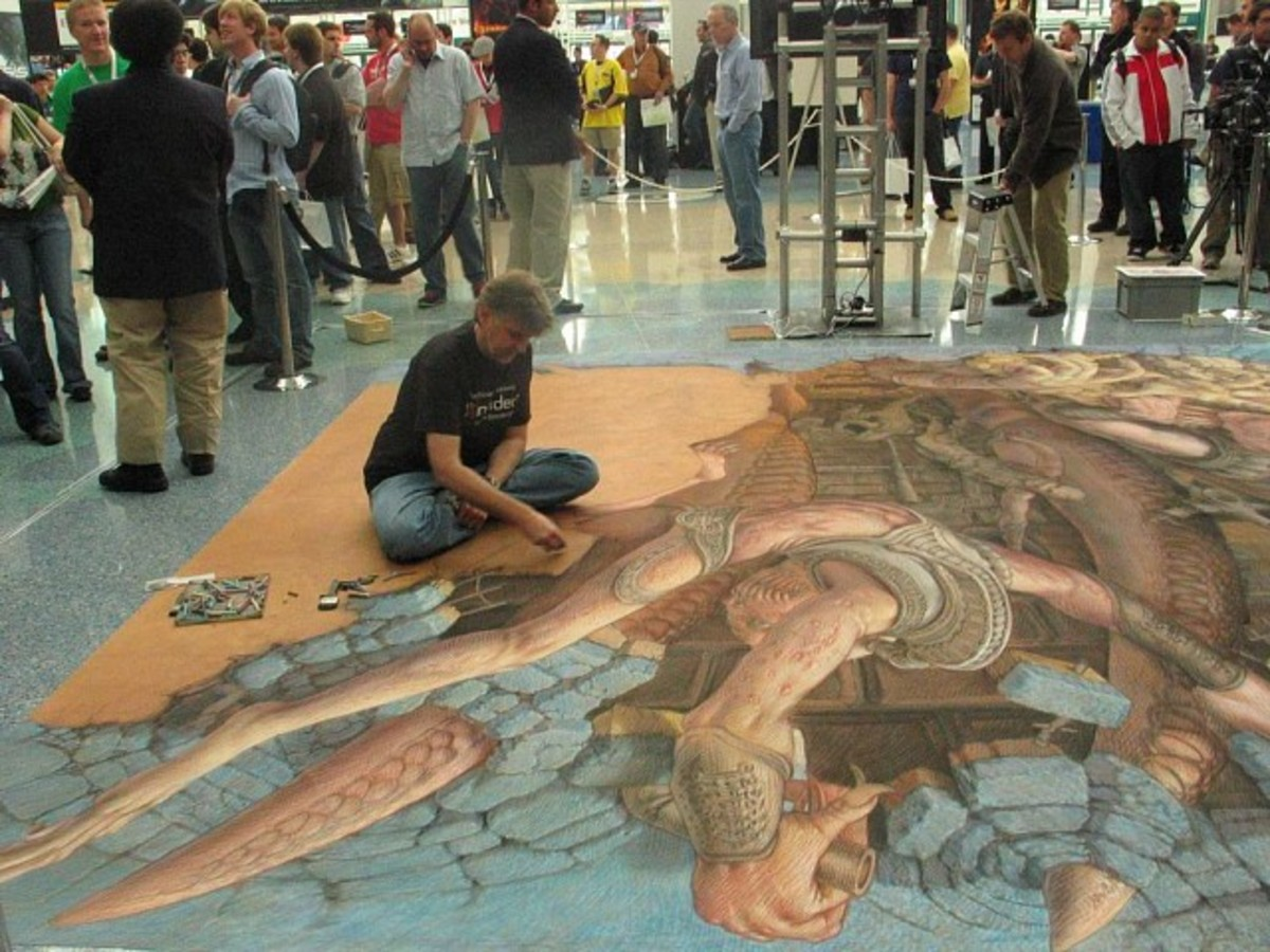 Kurt Wenner attracted attention at the 2006 Electronic Entertainment Expo (E3) as he created a street painting, by hand, with chalk.