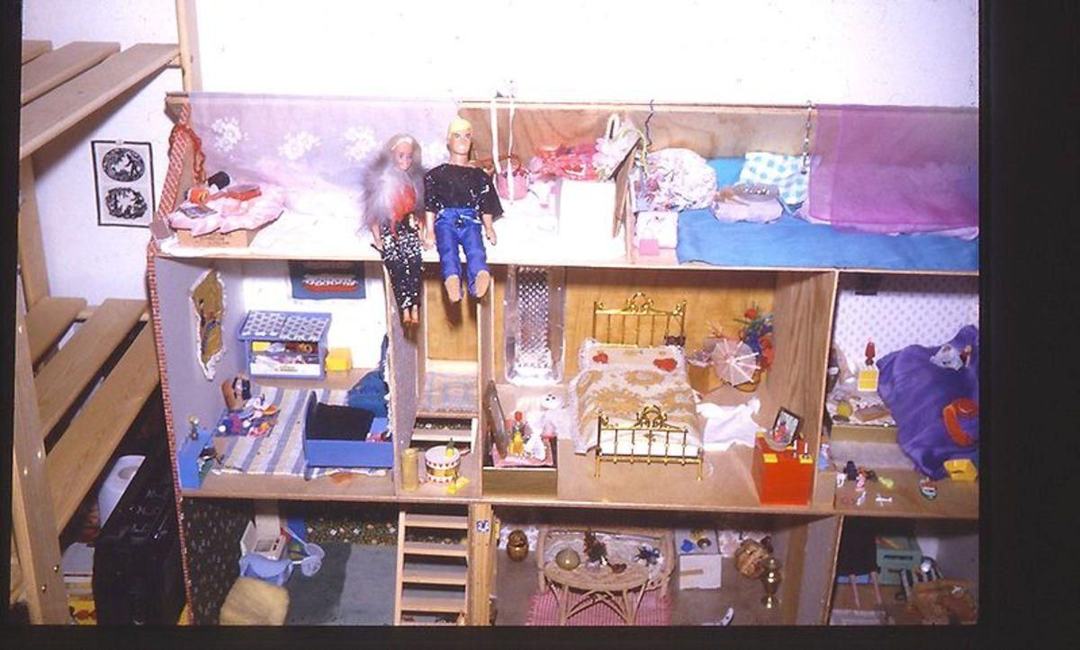 Barbie and Ken (public domain).