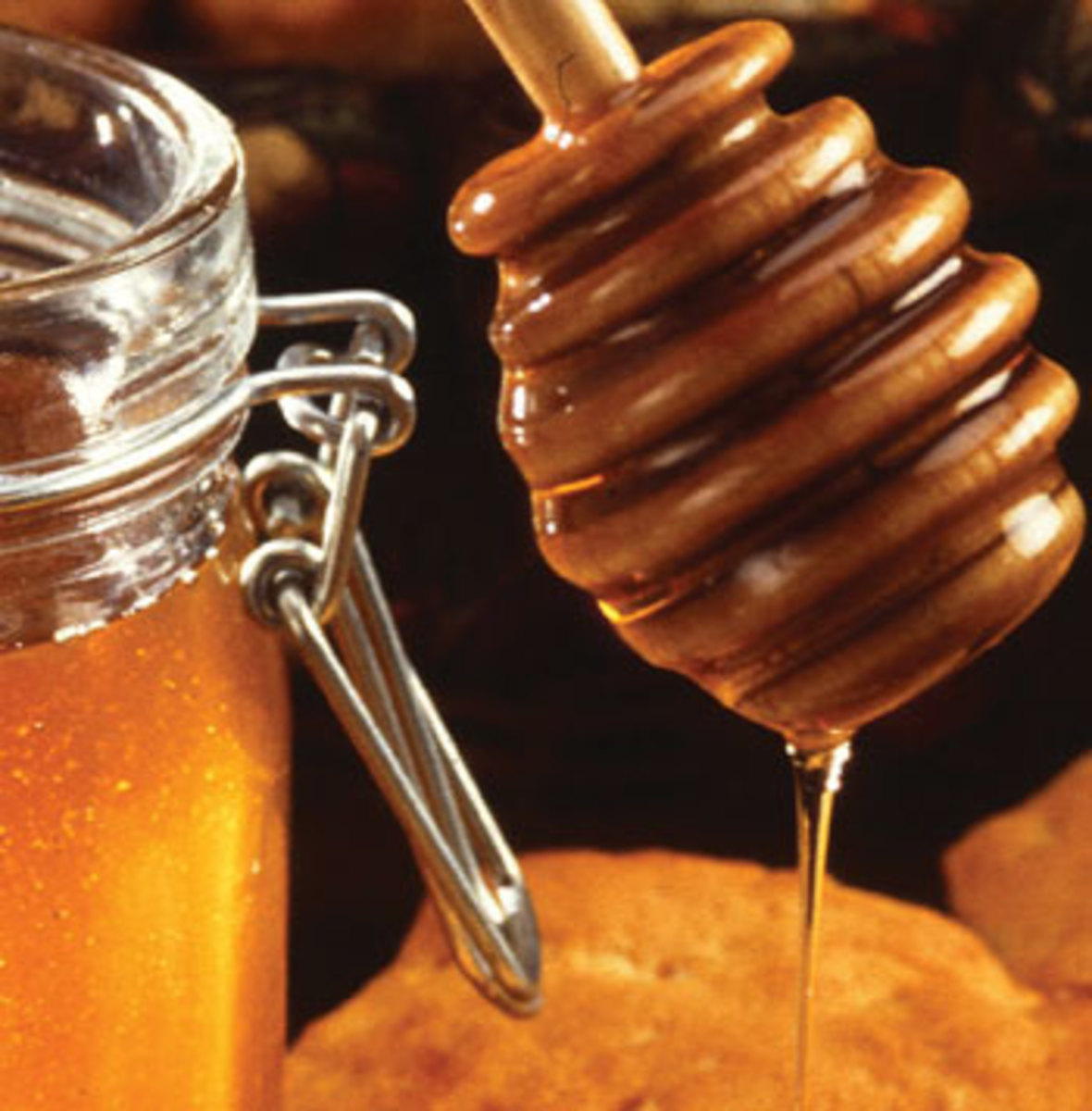 Remedies for Using Honey and Vinegar to Heal Wounds