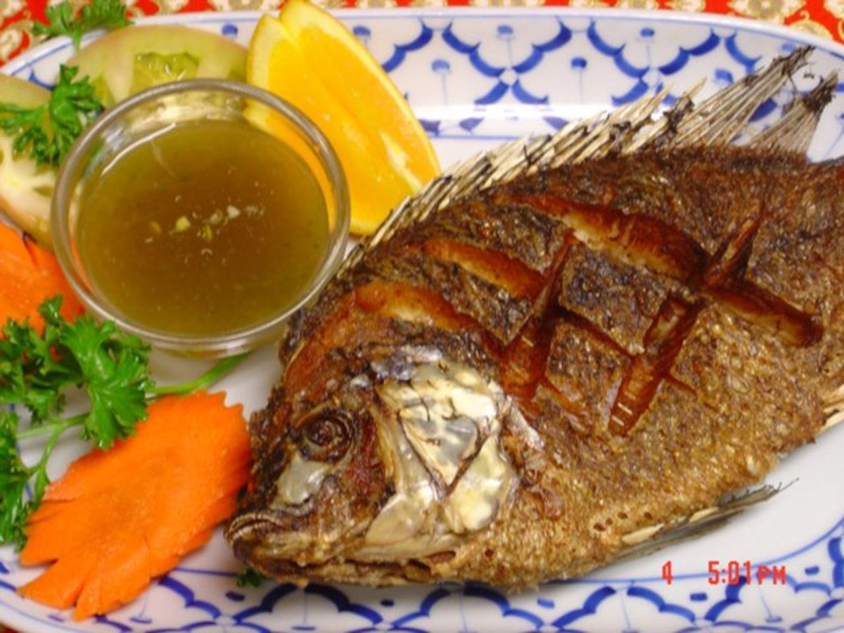 Crispy Thai style garlic fried fish