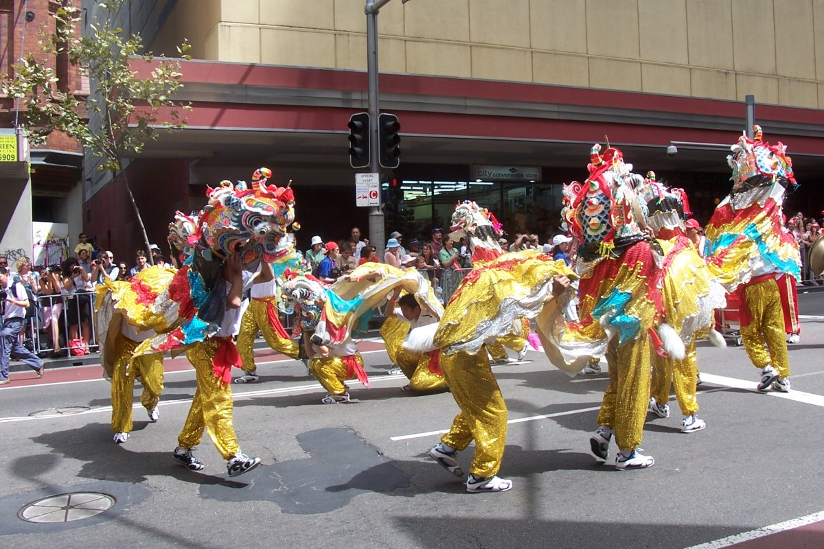 Dragon dance -Sydney Chinese New Year Parade.
