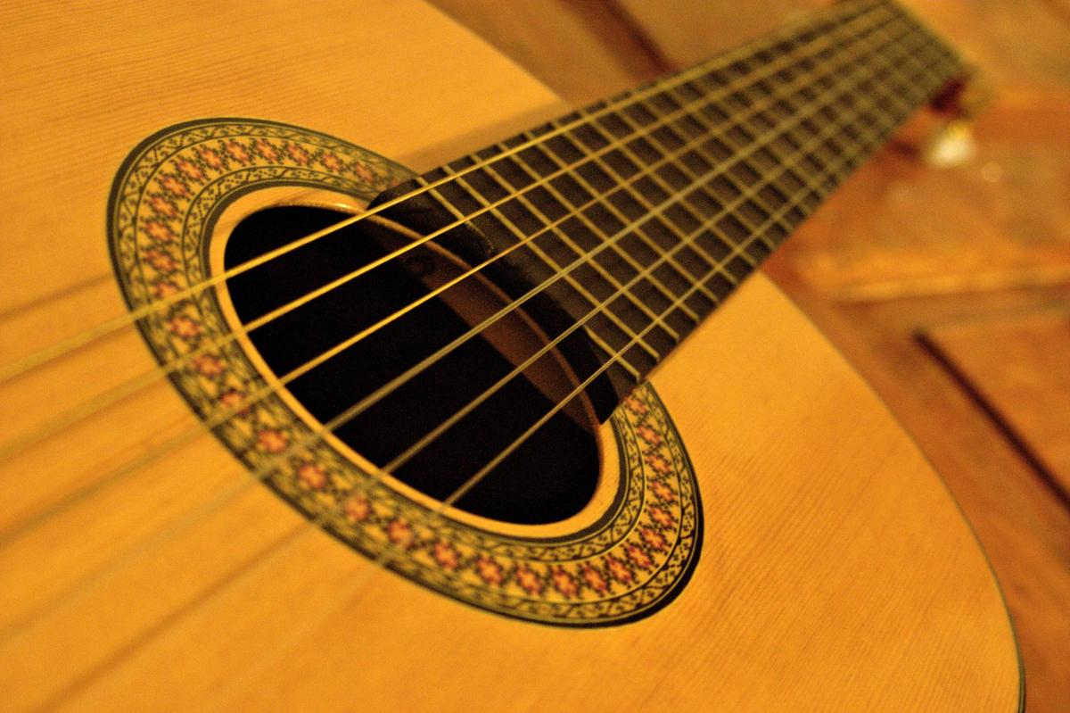 Edgar Cruz Guitar--Whether Strumming, Picking, or Tapping, Guitarist Edgar Cruz Does it All
