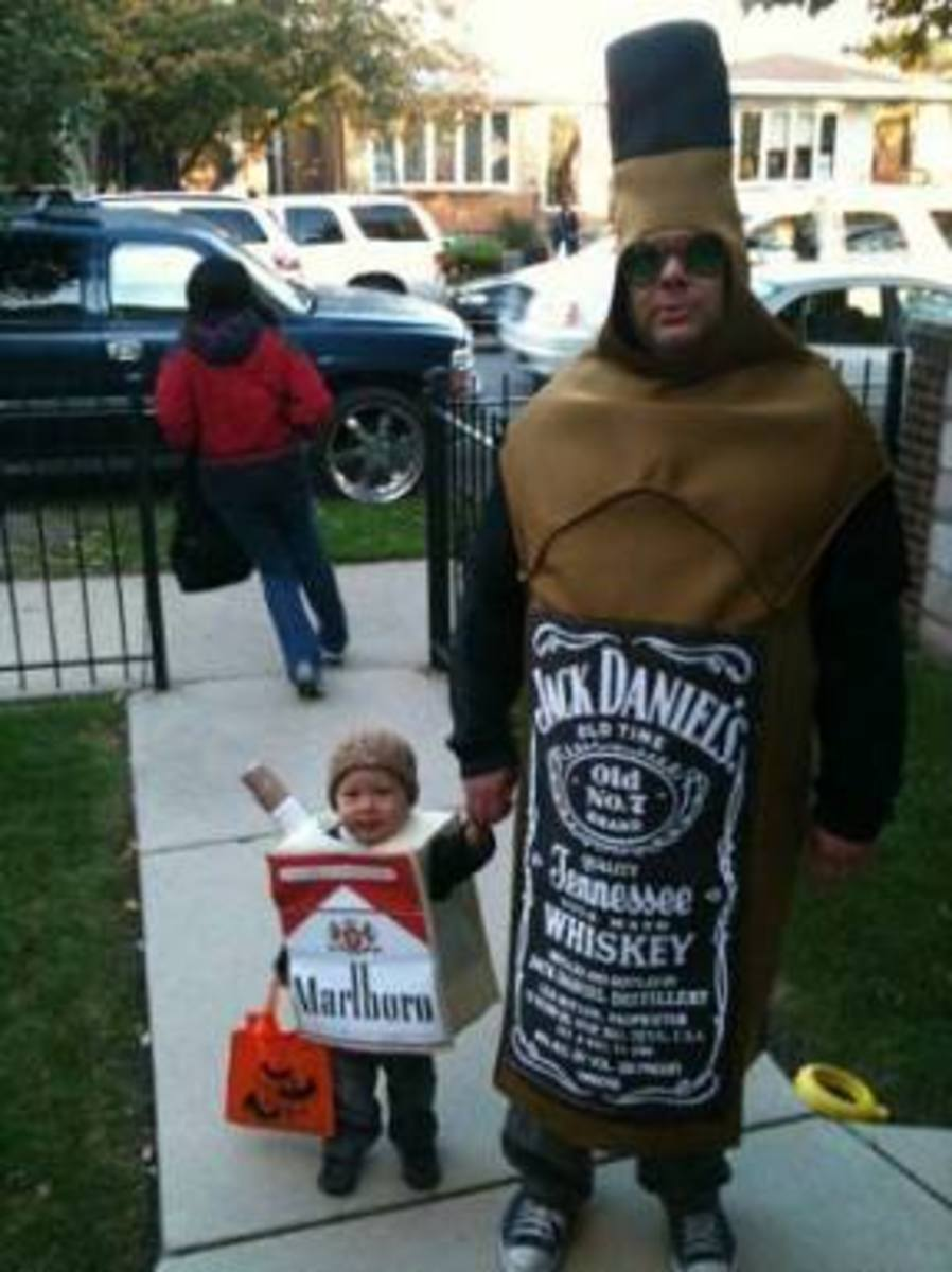 And the Halloween Costume Award goes to Jack Daniels father and Marlboro son in pics
