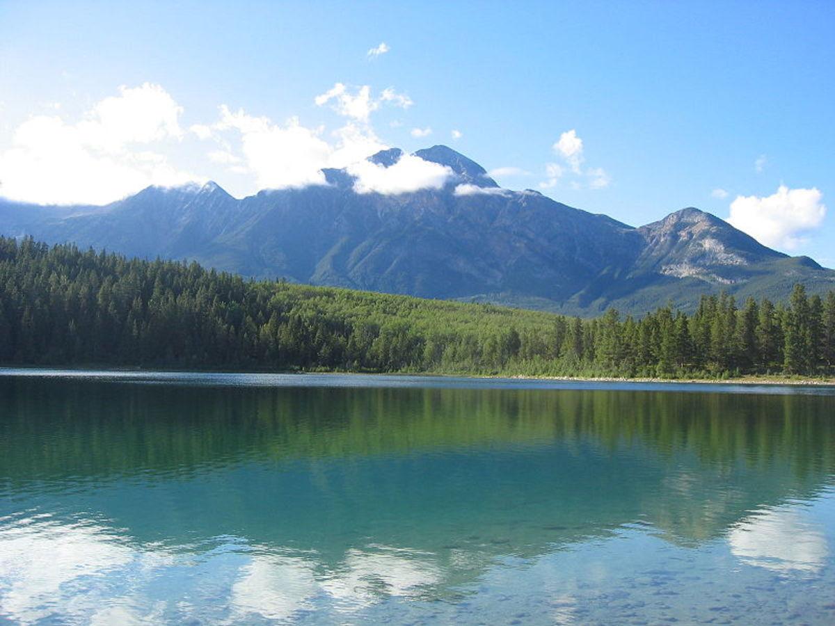 Pyramid Lake in Alberta