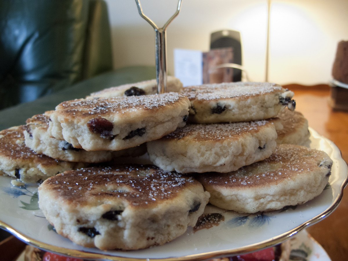 Best Snacks From the UK: Welsh Cakes and Rock Cookies