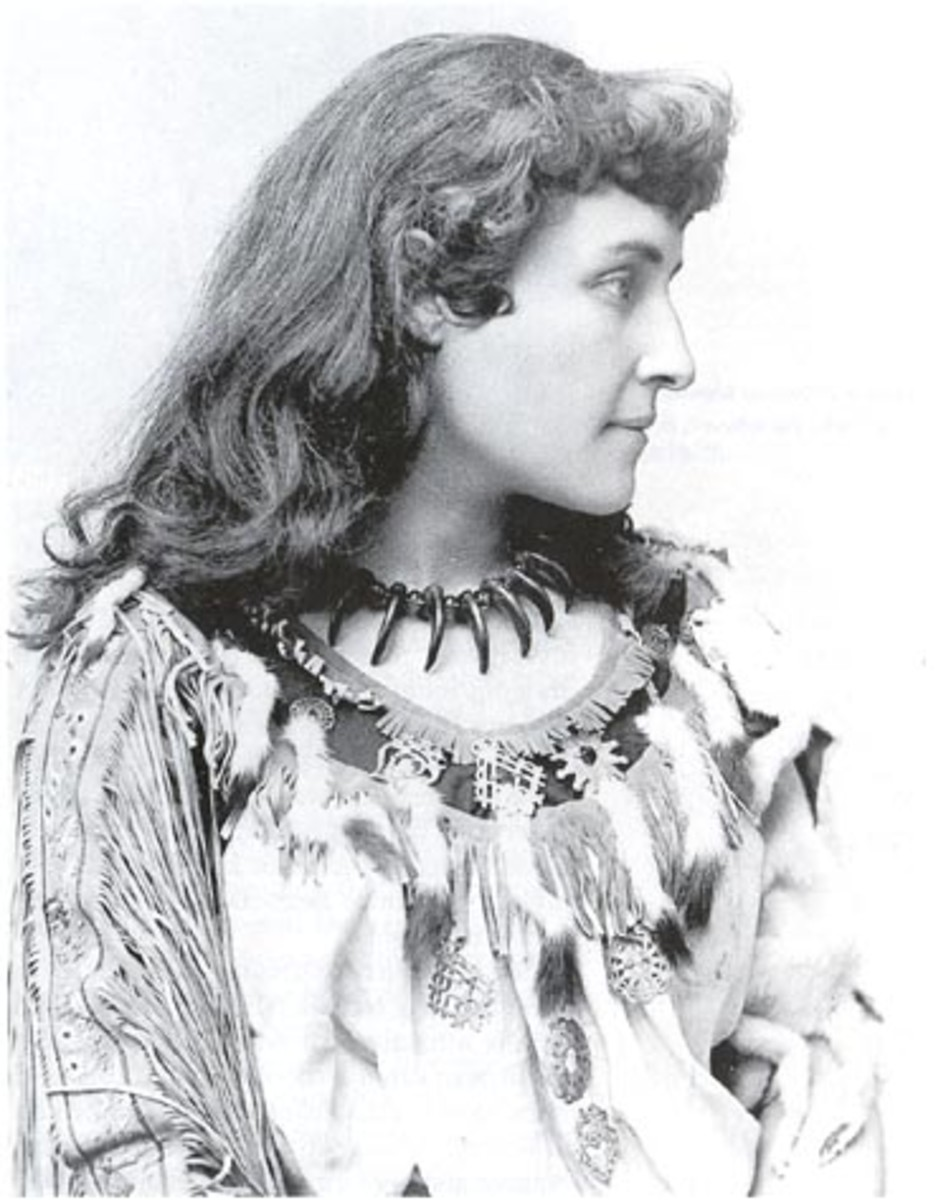 """Poet Pauline E. Johnson (1862-1913). """"Tekahionwake"""" was from Brantford, Ont., daughter of an English-woman and a Mohawk chief."""