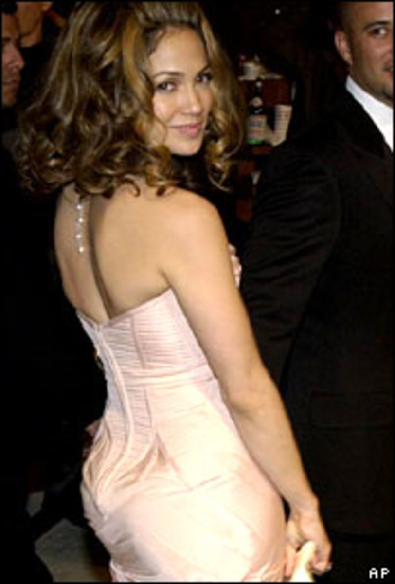 Jennifer Lopez (JLO) from the rear