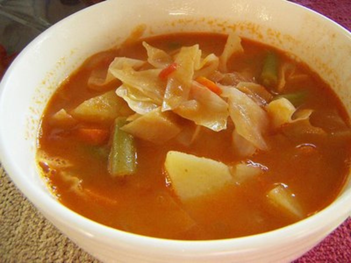 Cabbage Soup (from Weight Watchers Recipes)