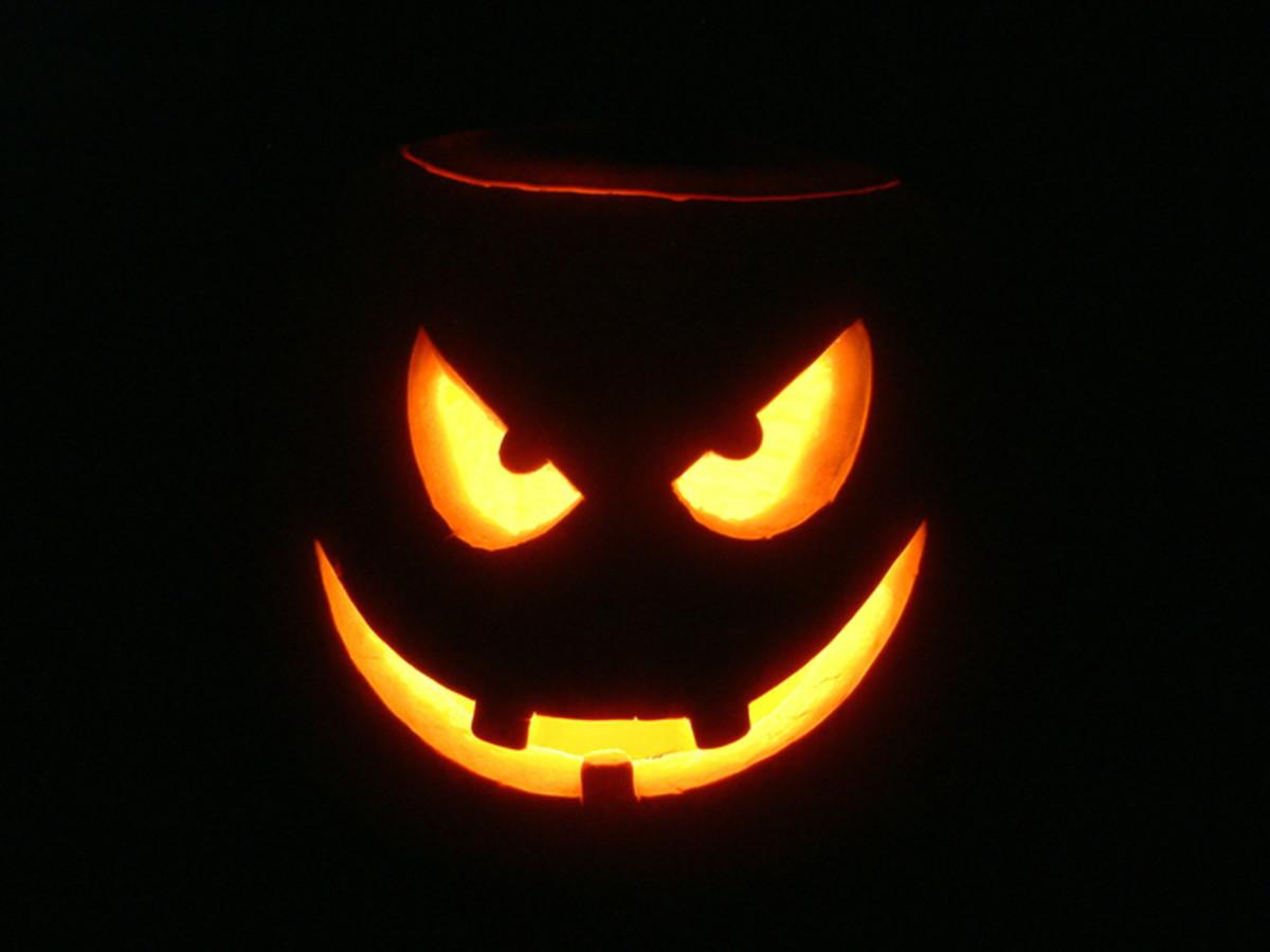 Crossed-Eyes Pumpkin Carving