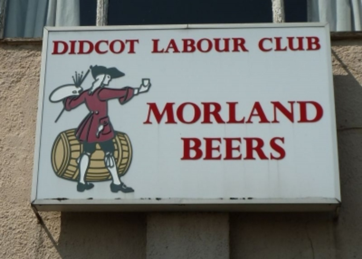Rare Morlands Beer Pub Sign - Didcot Labour Club