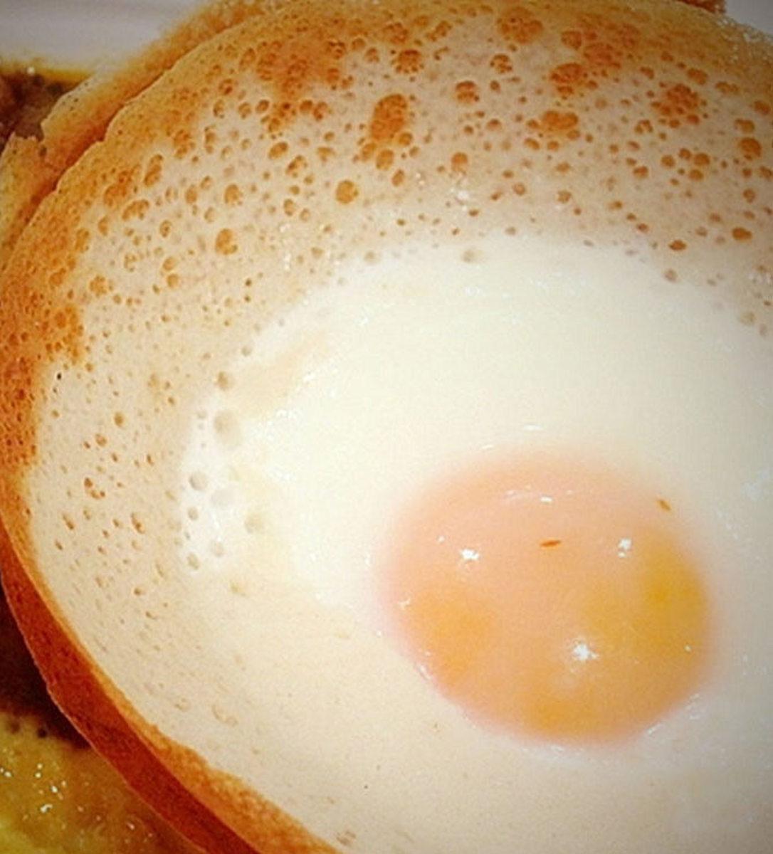How to Make Sri Lankan Plain Hoppers and Egg Hoppers
