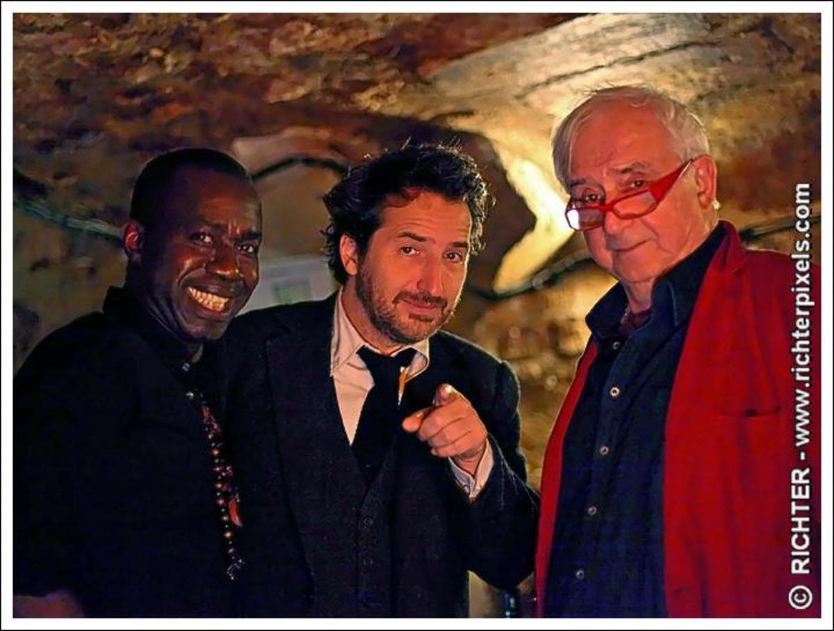 Jacques Boni welcomes some regional entertainment stars visiting his famous cave (C) Richter - www.richterpixels.com