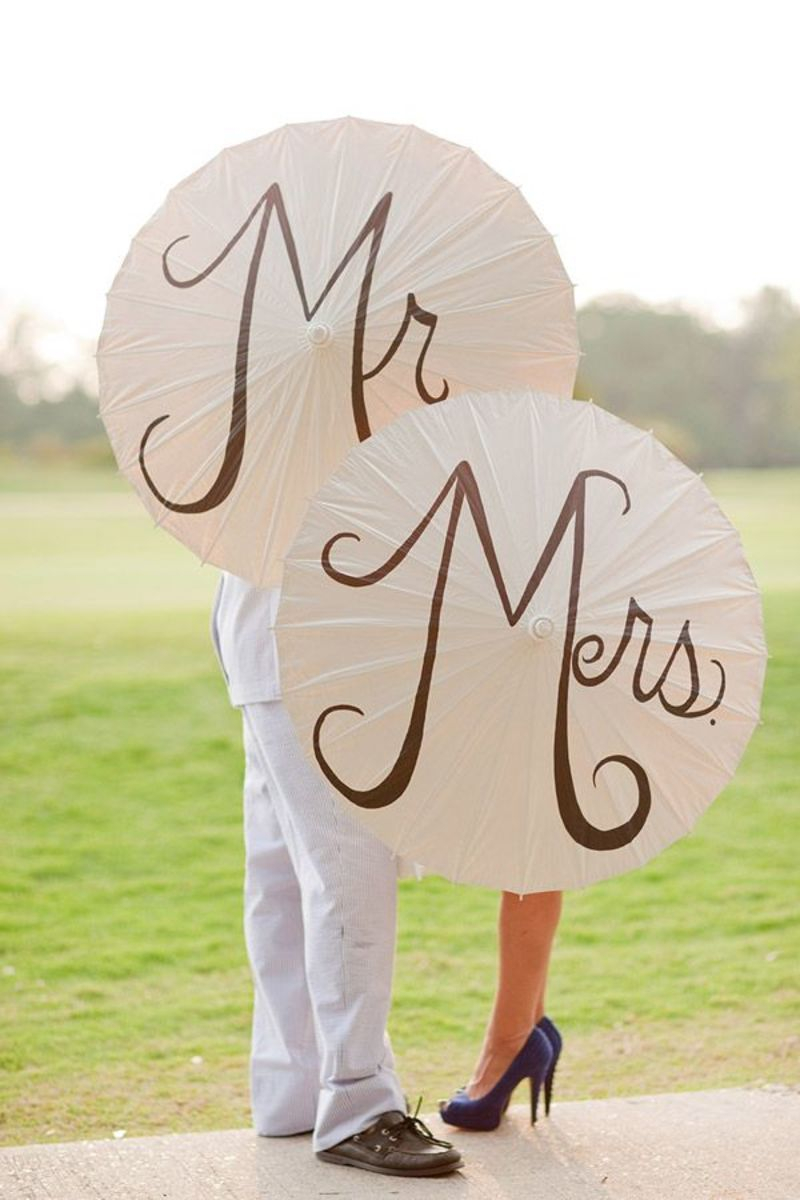 Mr and Mrs Parasols