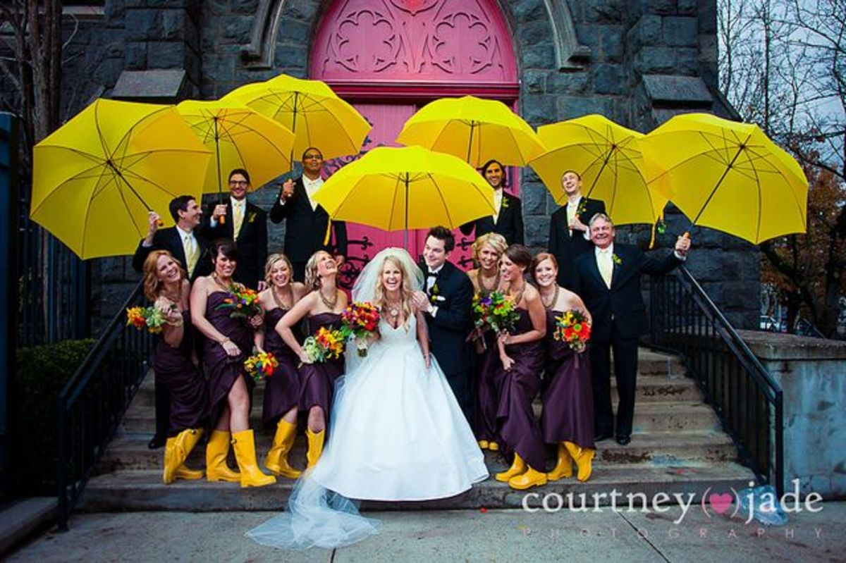 Cute idea for a rainy day wedding theme, and cute colors, too!